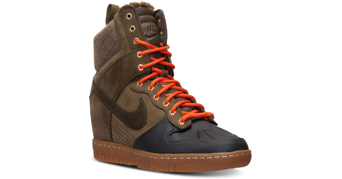 cheap for discount ff565 472b7 Nike Women s Dunk Sky Hi 2.0 Sneakerboot From Finish Line in Green - Lyst