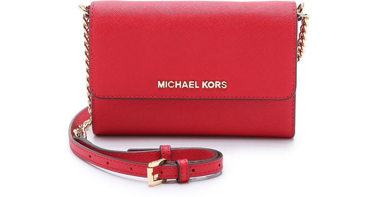 705e8ee813c3 MICHAEL Michael Kors Jet Set Cross Body Bag - Raspberry in Red - Lyst