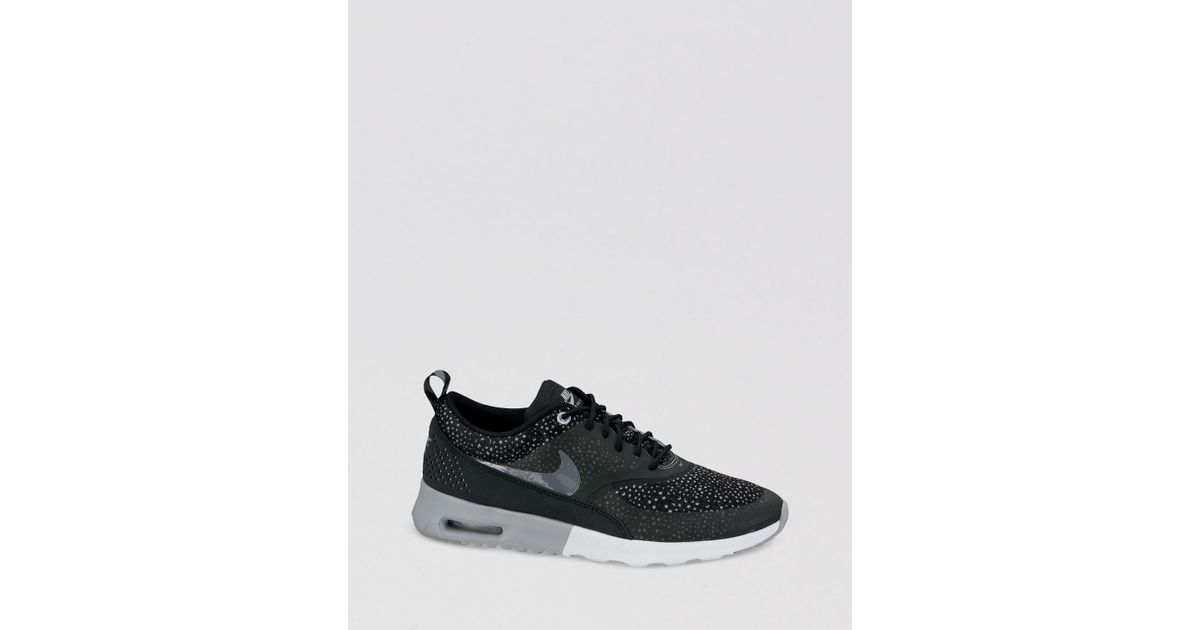 Nike Black Lace Up Sneakers Womens Air Max Thea Print