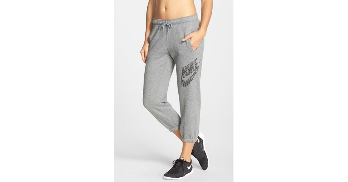Model NWT NIKE Womens PURPLE Capri SWEAT PANTS  EBay