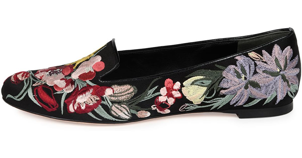 61deed995f1 Lyst - Alexander McQueen Floral-Embroidered Satin Smoking Slippers in Black