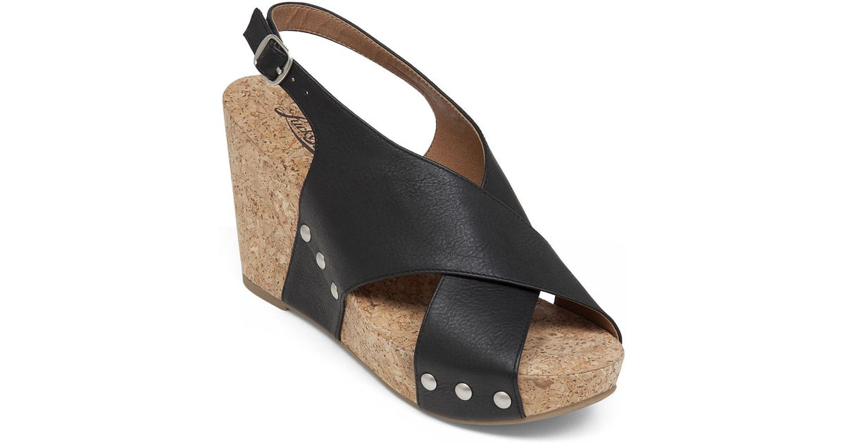 lucky brand minari leather open toe wedge sandals in black