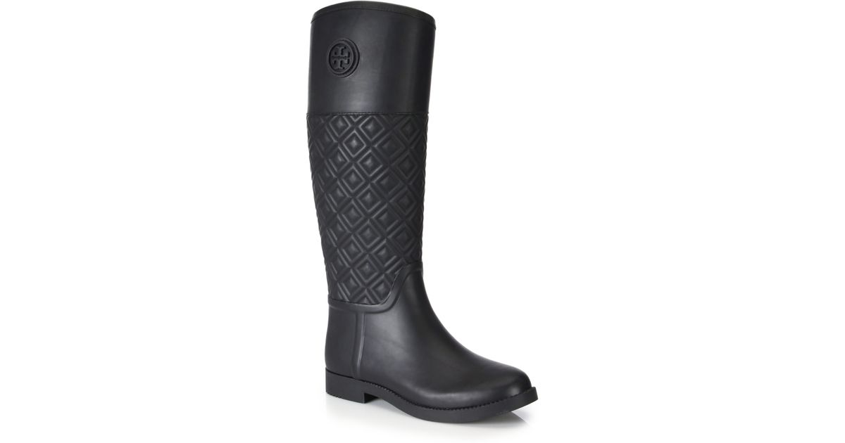23fcb56ad26afd Lyst - Tory Burch Marion Quilted Rubber Rain Boots in Black