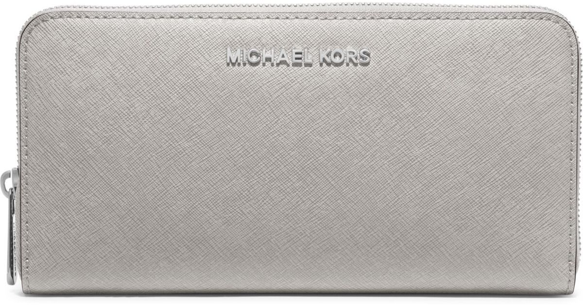 11f71132e8ab Michael Kors Jet Set Travel Saffiano Leather Continental Wallet in Gray -  Lyst
