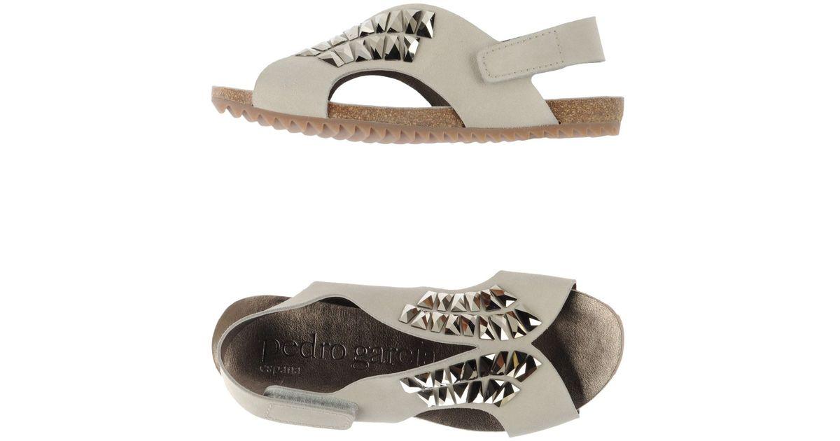 FOOTWEAR - Toe post sandals Roccobarocco xufLolf