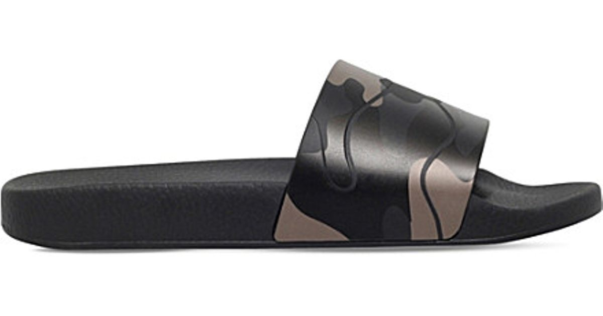 Cheap Sneakernews Limited Edition Camouflage-print rubber pool slides Valentino m5zysTLDC