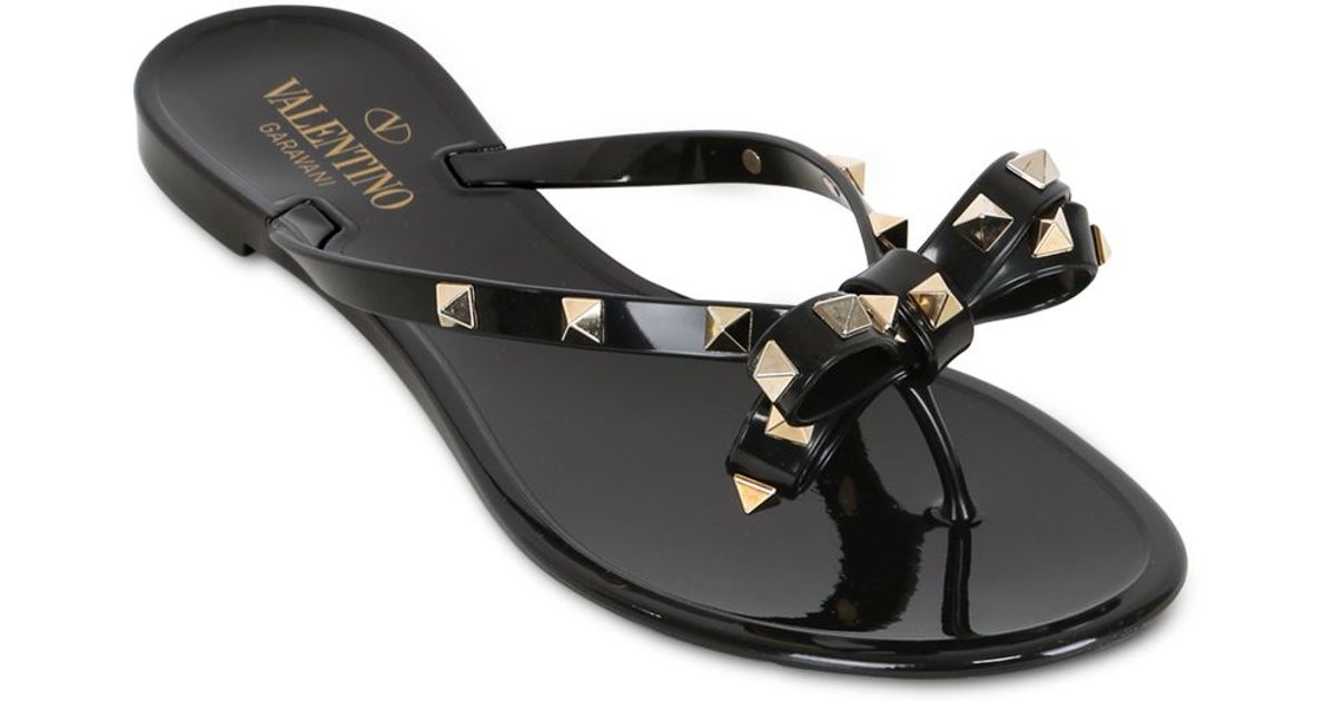 lyst valentino rubber studded flip flops in black. Black Bedroom Furniture Sets. Home Design Ideas