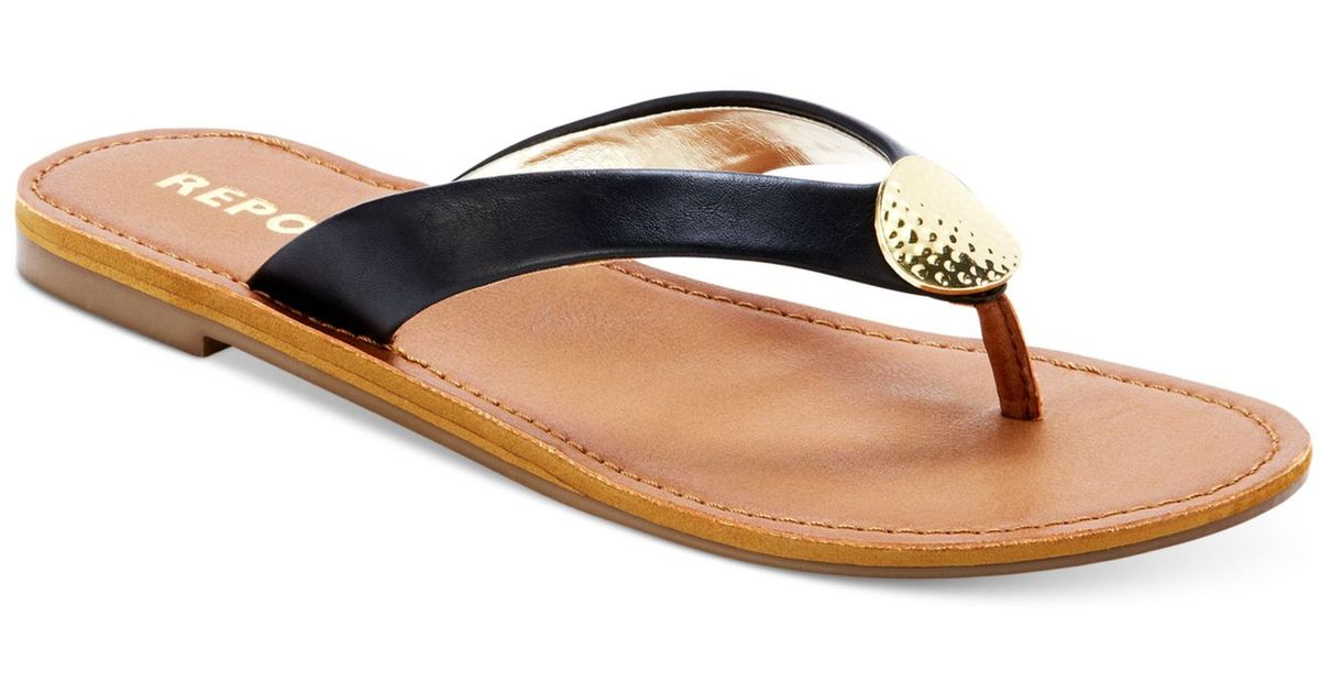 71c38e4c9f876 Lyst - Report Shields Flat Thong Sandals in Black