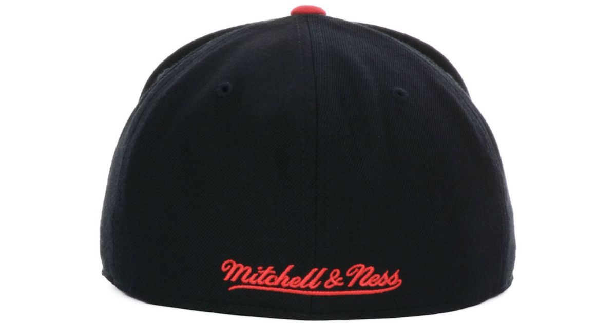 online store 843f7 bbeb6 ... ireland lyst nike mitchell ness atlanta hawks nba black 2 tone fitted  cap in red for