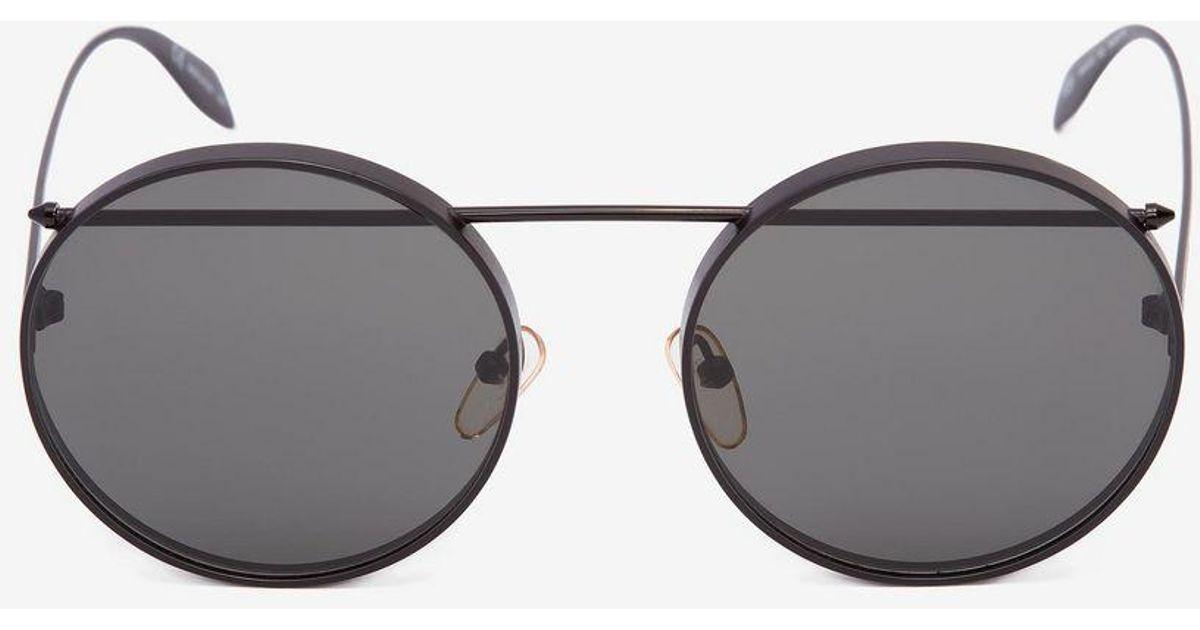 63f10b647cb0 Alexander McQueen Metal Round Piercing Frame in Black - Lyst