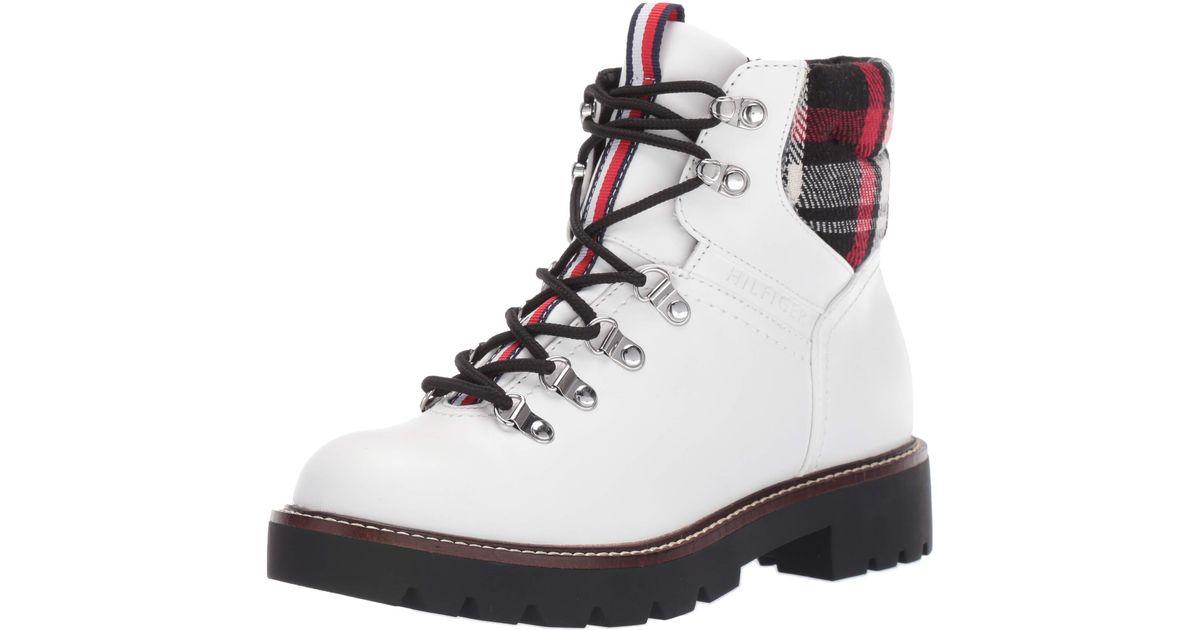 Tommy Hilfiger Lariti Fashion Boot in