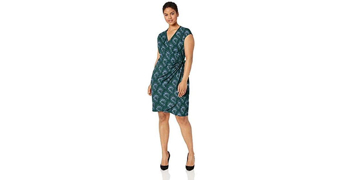 Brand Lark /& Ro Womens Plus Size Modern Stretch Cap Sleeve Fit and Flare Dress