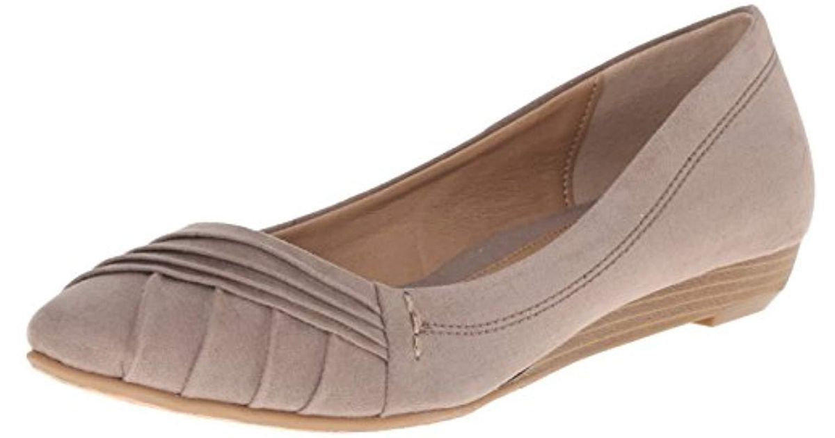 2528e8e65f859 CL By Chinese Laundry Brown Saleema Ballet Flat