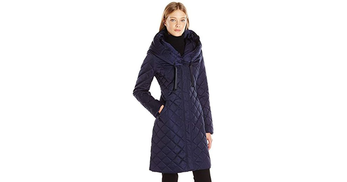 03501522af T Tahari Amy Diamond Quilted Hooded Coat in Blue - Lyst