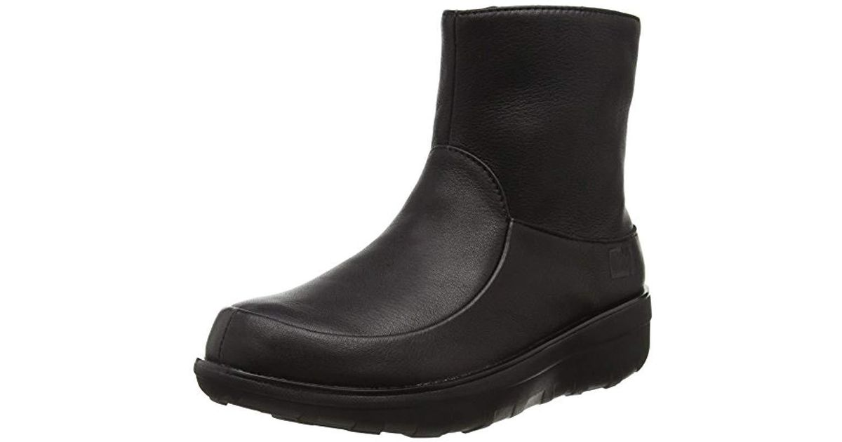 0935b9f4ec Fitflop  s Loaff Shorty Zip Leather Ankle Boots in Black - Lyst