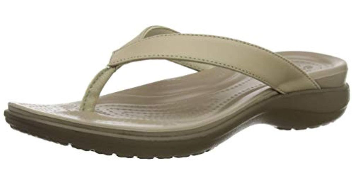 SandaliaBeigechaiwalnut39 V Crocs™ Capri 40 Eu Lyst Natural FlipMujer b7Ygyvf6