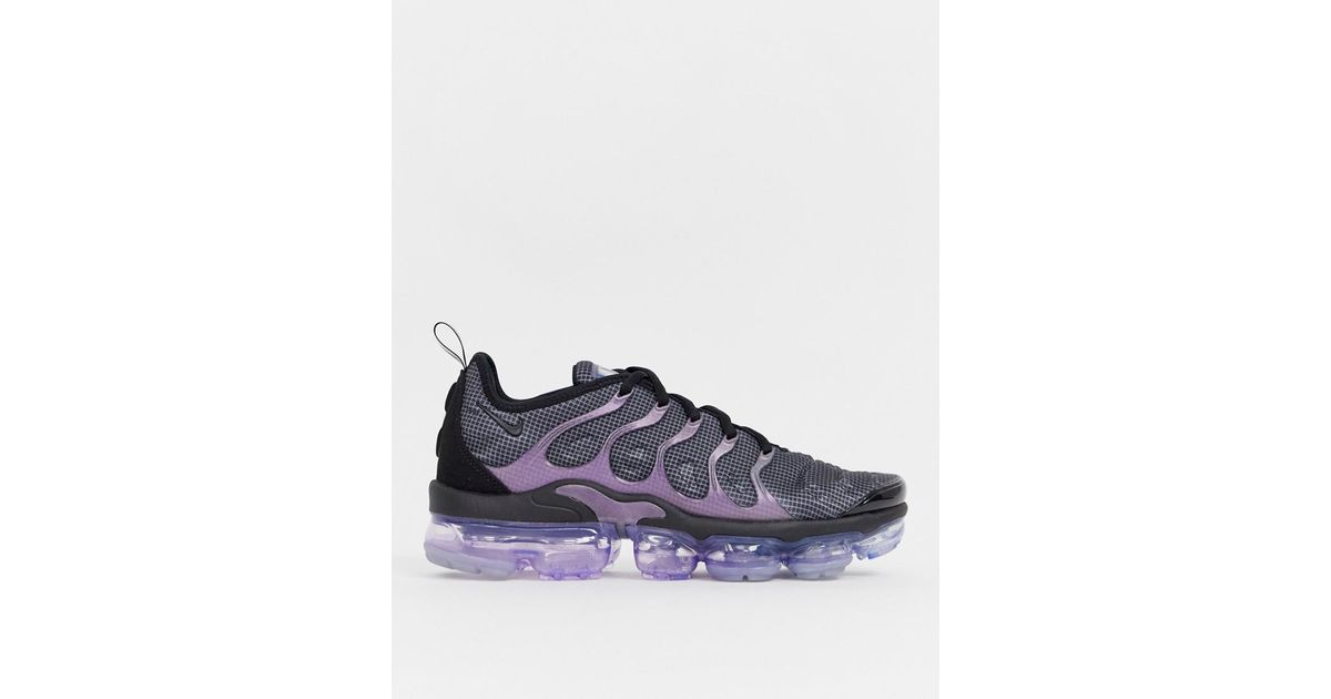 buy online 24d94 710c4 Nike Air Vapormax Plus Trainers In Black And Purple for men