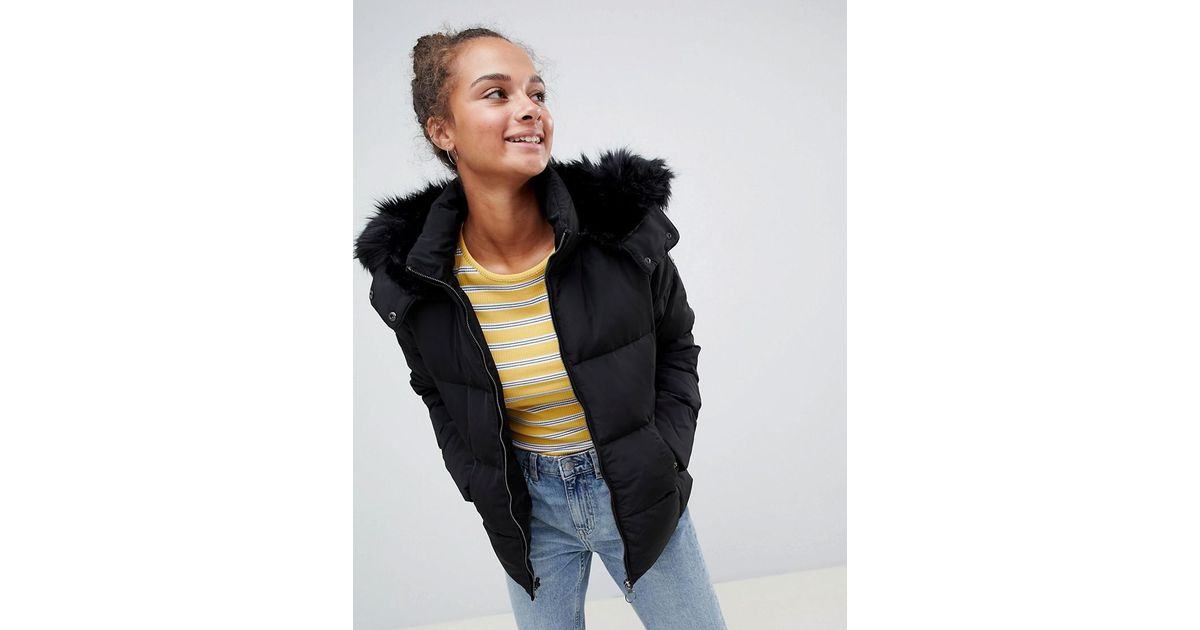 dd15a2ae ONLY Rhonda Down Quilted Jacket With Faux Fur Trim in Black - Lyst