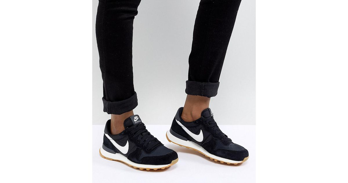 the latest af9d0 c5296 Nike Internationalist Nylon Sneakers In Black And White in Black - Lyst