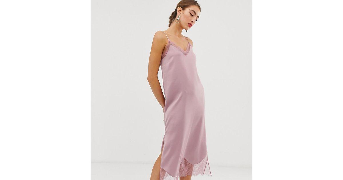 vente énorme plutôt cool double coupon Robe nuisette en dentelle - Rose Stradivarius en coloris Pink