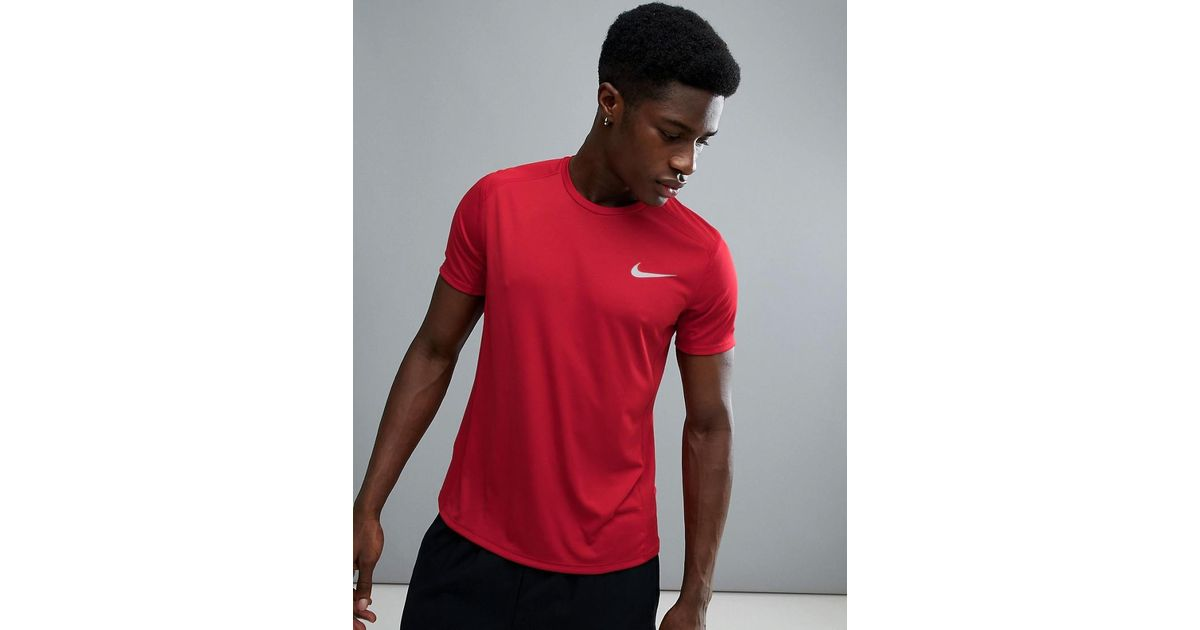 Hacia buscar conjunto  Nike Miler T-shirt In Red 833591-687 for Men - Lyst