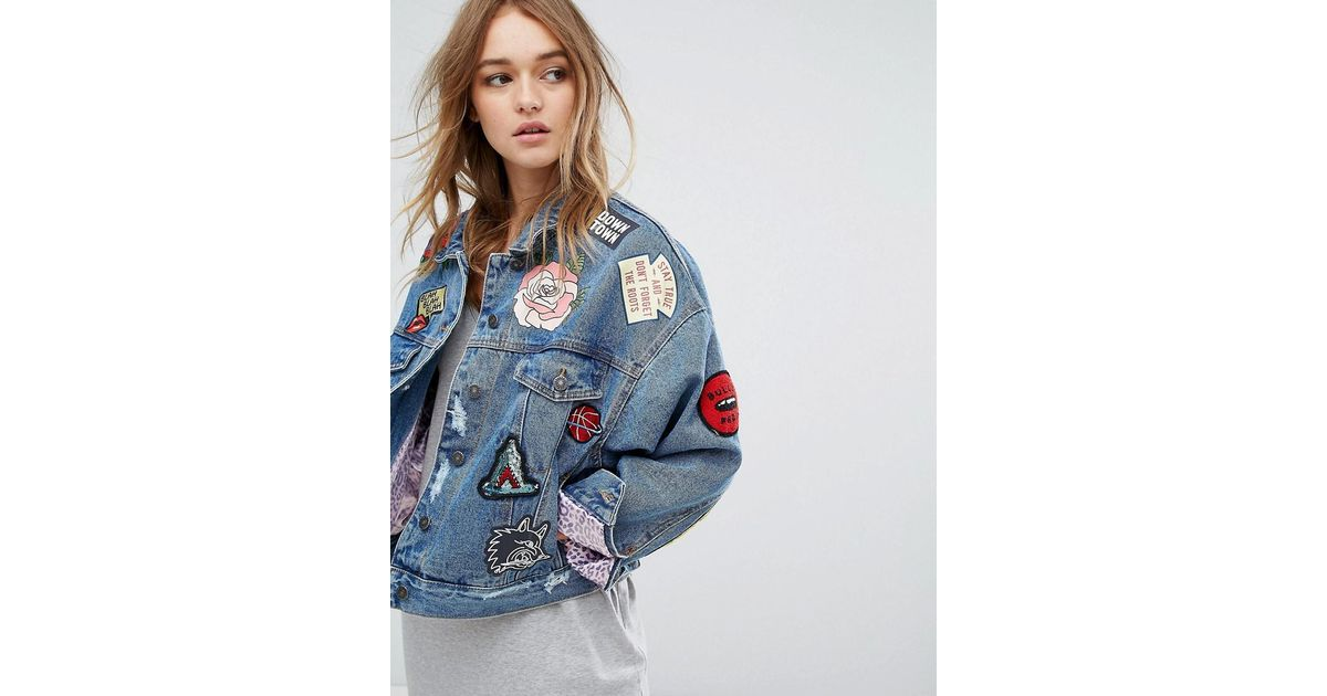 Pull&Bear Badge Detail Denim Jacket in Blue - Lyst