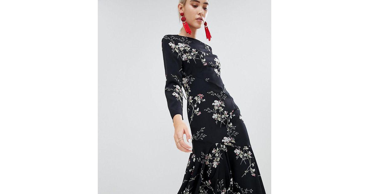 396674b681fb Lyst - Boohoo Open Back Asymmetric Hem Midi Dress in Black