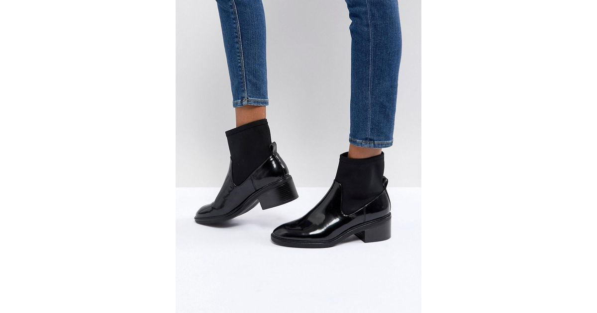 8fa68e0ba43 Bershka Vinyl Chunky Shoe Boot in Black - Lyst