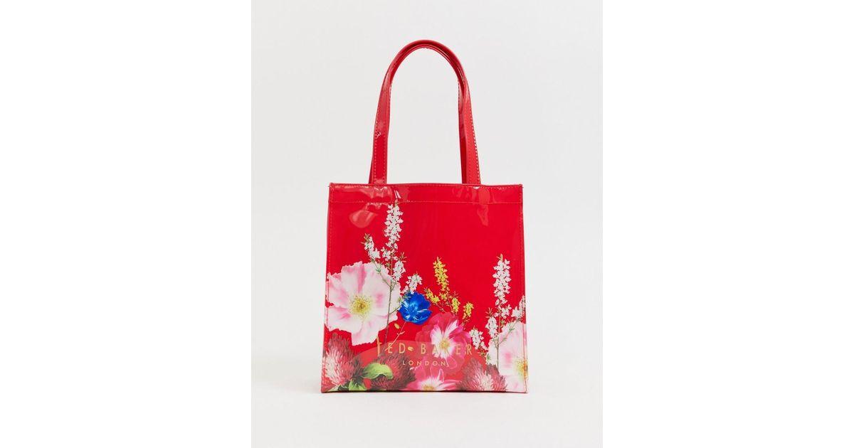 Ted Baker Red Genicon Kleine Tasche mit Symbol in Berry Sundae