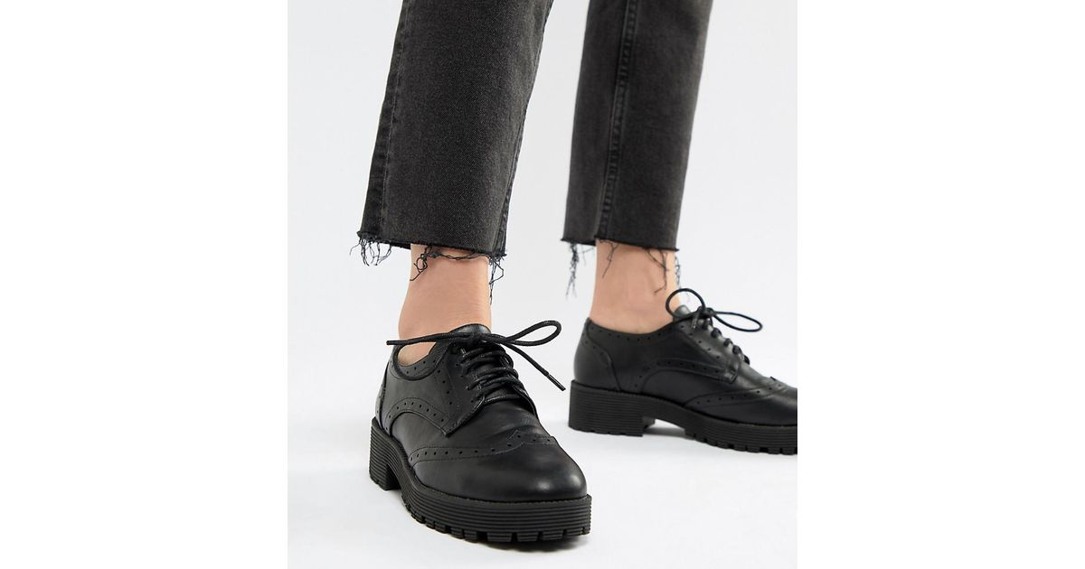 London Rebel Chunky Lace Up Brogue in