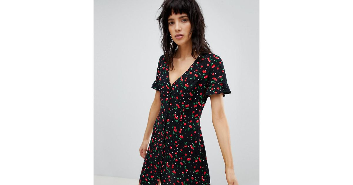 592af0266e Stradivarius Button Front Loose Skirt Cherry Print Dress in Green - Lyst