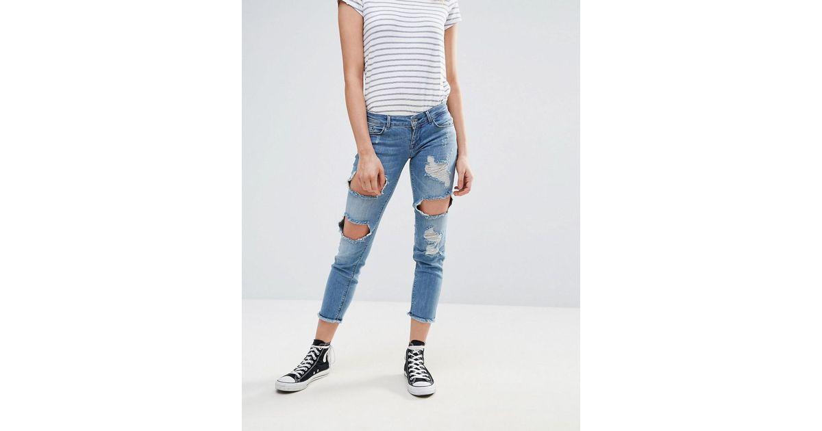 auf Füßen Bilder von große Auswahl an Designs heiß-verkaufender Beamter ONLY - Blue Destroyed Patched Boyfriend Jeans - Lyst