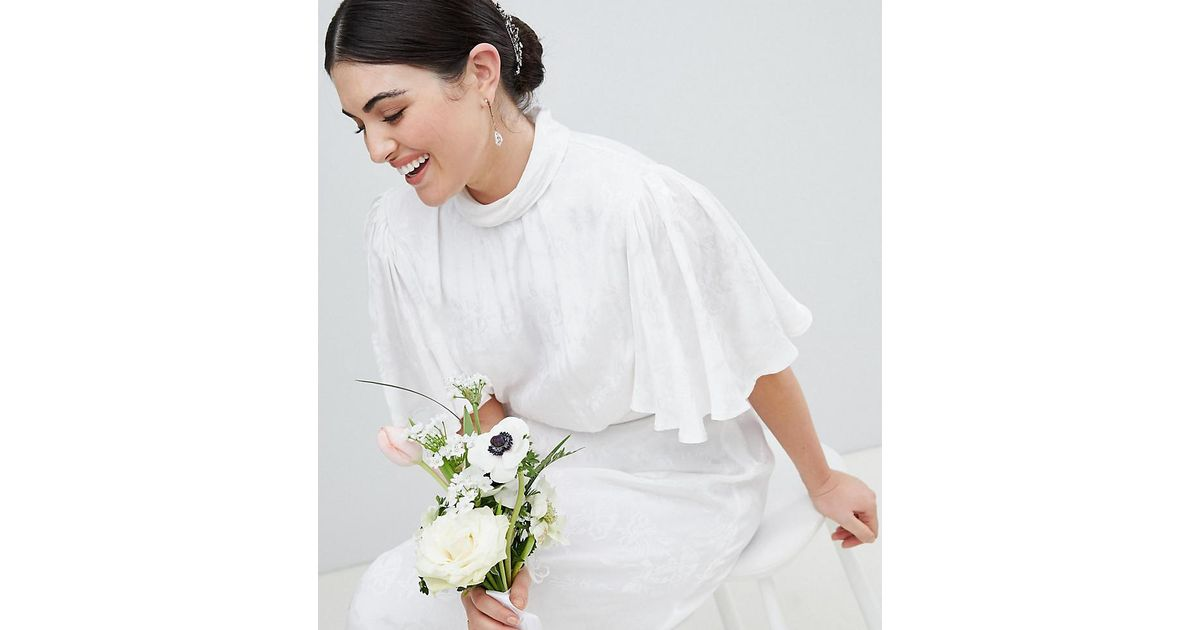 dc27af773e0 ASOS Asos Edition Curve Wedding Dress In Soft Jacquard With Flutter Sleeve  in White - Lyst