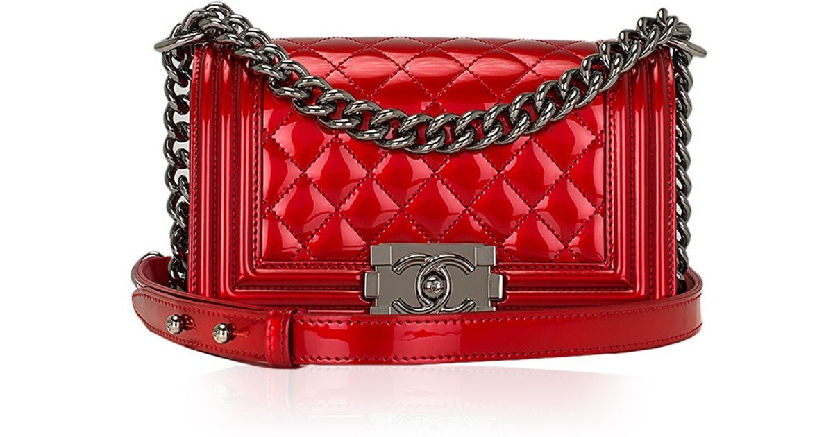 5083f3ffb5b8 Madison Avenue Couture Chanel Red Metallic Patent Small Boy Bag in Red -  Lyst