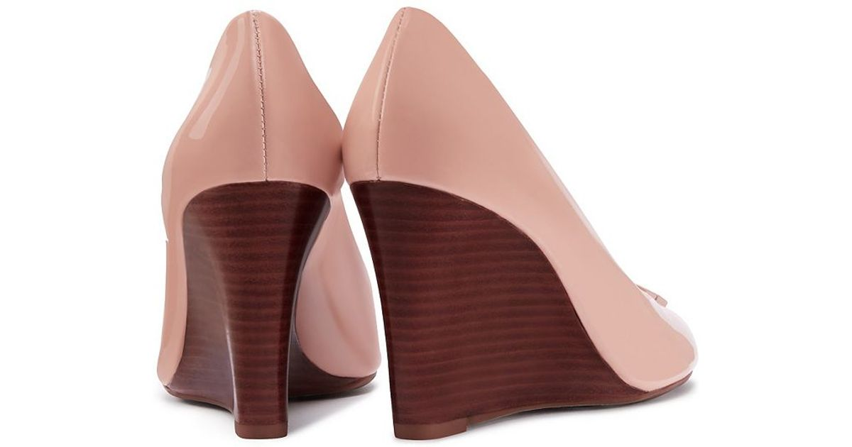 9f832ed190cc Tory Burch Lowell Patent Peep-toe Wedge in Pink - Lyst