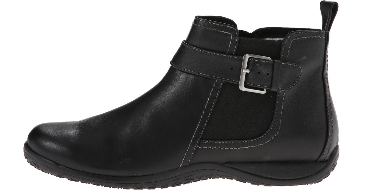 Vionic Adrie Ankle Boot in Black - Lyst