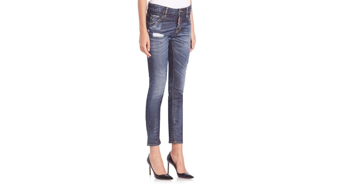 One of the ways to create this gap between the jeans and boots is a cuffed hem. Tip #3. Try this look with a longer pair of skinny jeans, rather than an ankle length pair.