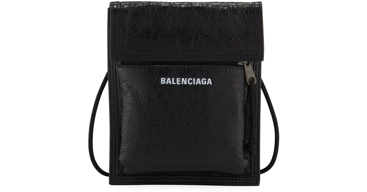 Explorer Leather Pouch Strap Bag