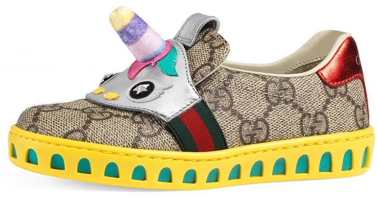 80abcc68a Gucci Gg Supreme Canvas Sneaker W/ Unicorn in Natural - Lyst