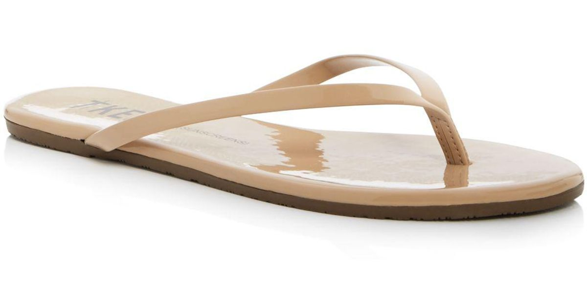 3492e8f4af62 Tkees Patent Leather Flip-flops in Natural - Lyst