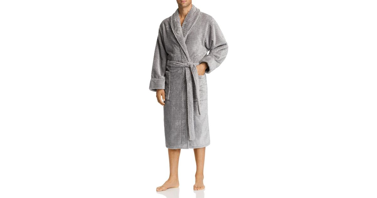 Lyst - Daniel Buchler Debossed Herringbone Plush Robe in Gray for Men 98779b082