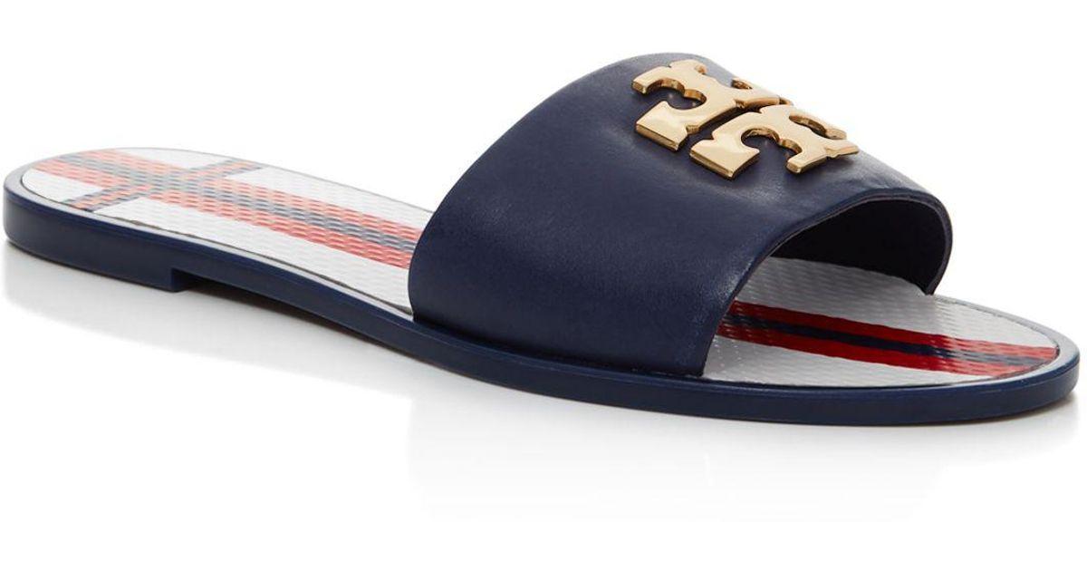 371d7a25d Tory Burch Logo Jelly Slide Sandal - Lyst