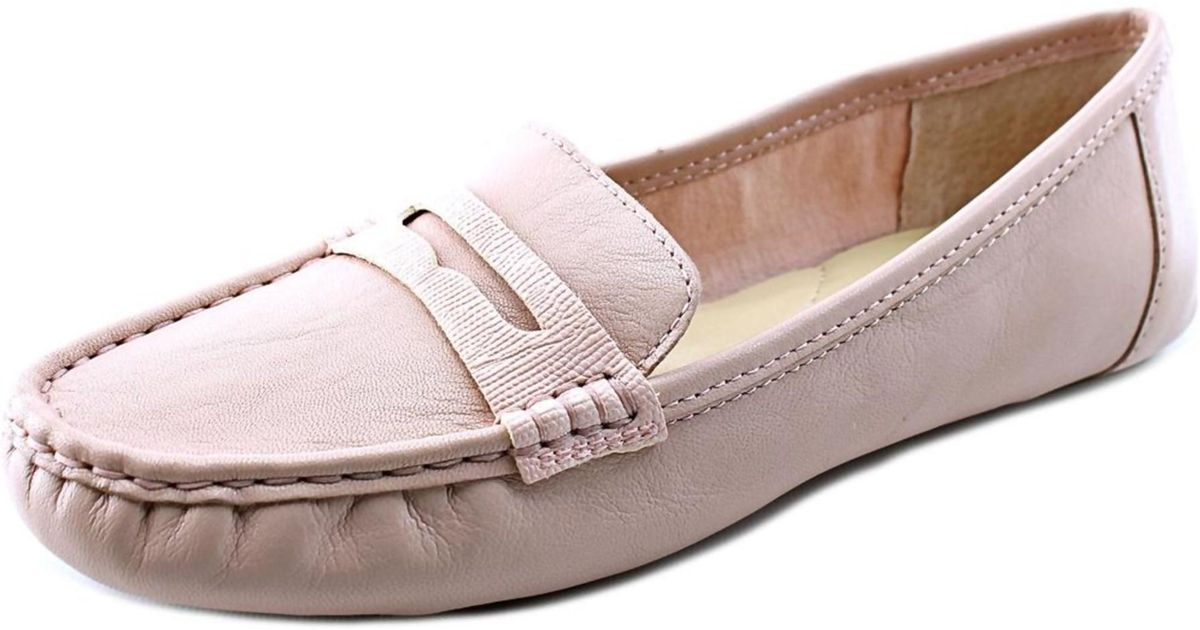 7e11341c1 Lyst - Isaac Mizrahi New York Reba Women Moc Toe Leather Pink Loafer in Pink
