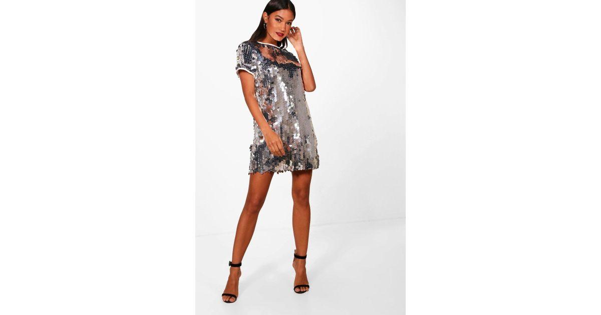 5b59ea79632 Boohoo Boutique Disc Sequin Cap Sleeve Shift Dress in Metallic - Lyst