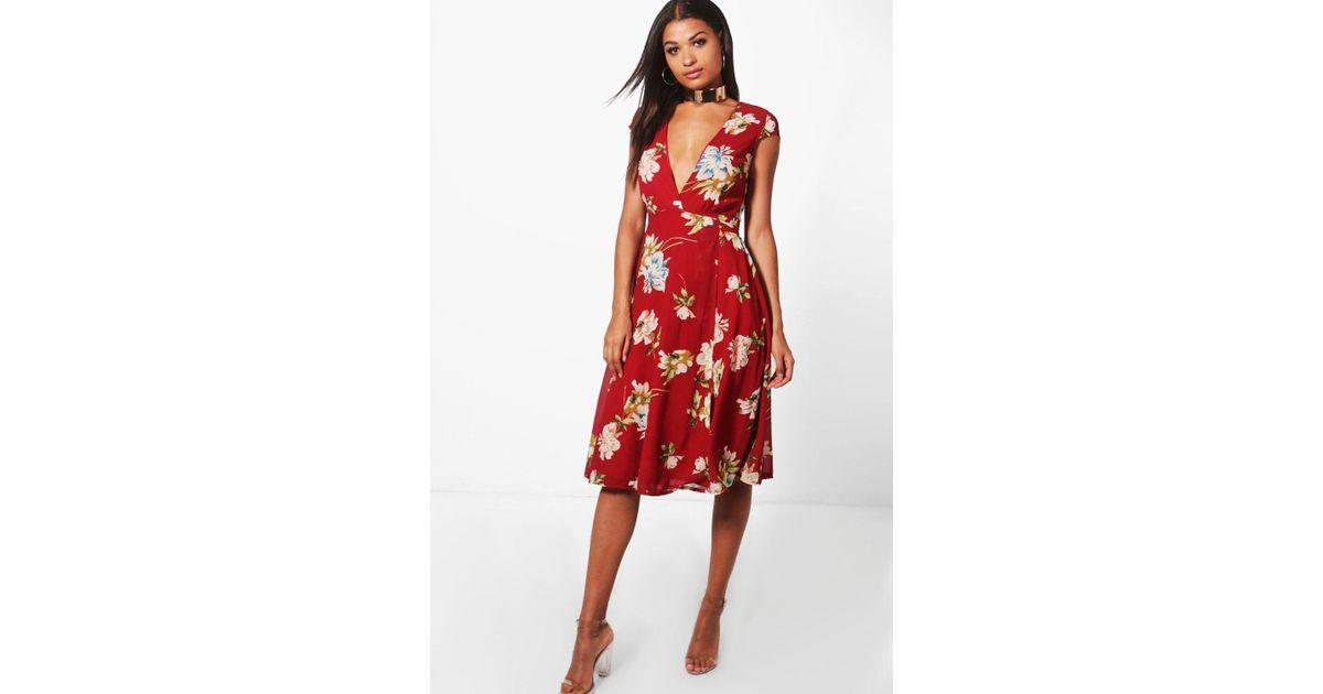 43204b3725e3b Boohoo Floral Print Cap Sleeve Midi Dress in Red - Lyst