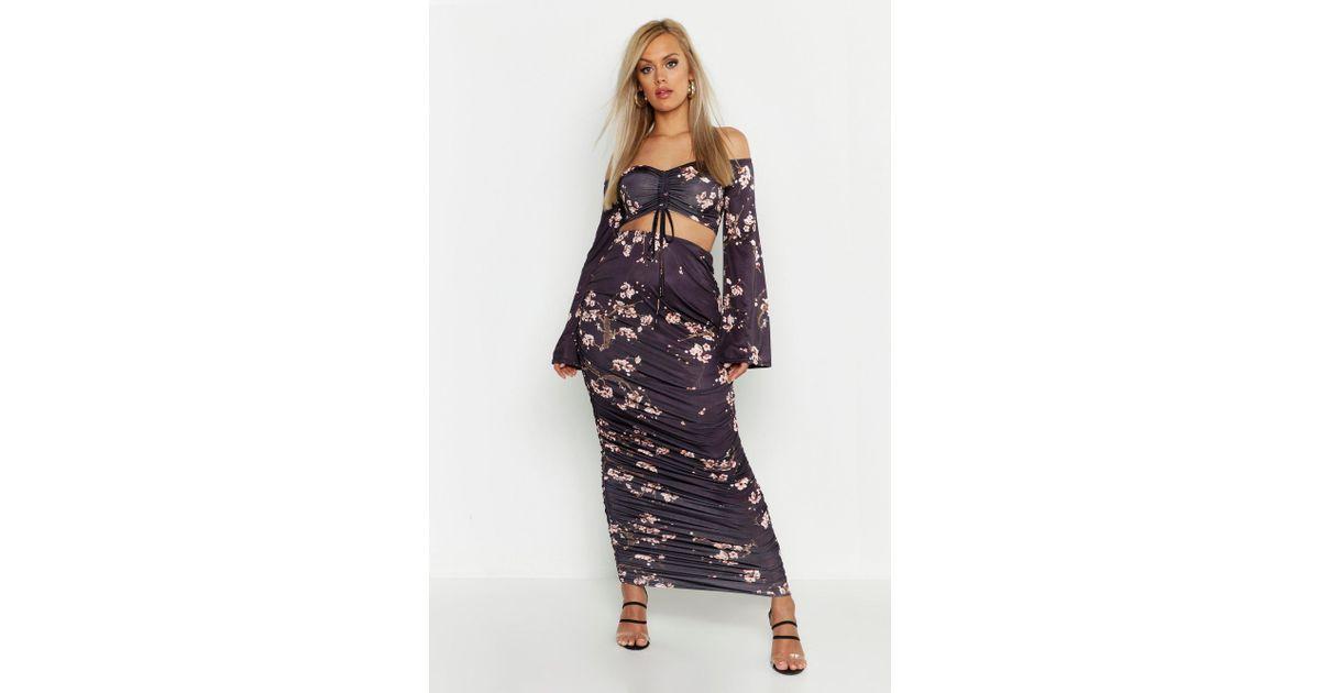 b31c74e8c0 Boohoo Plus Slinky Cherry Blossom Ruched Midaxi Skirt in Black - Lyst