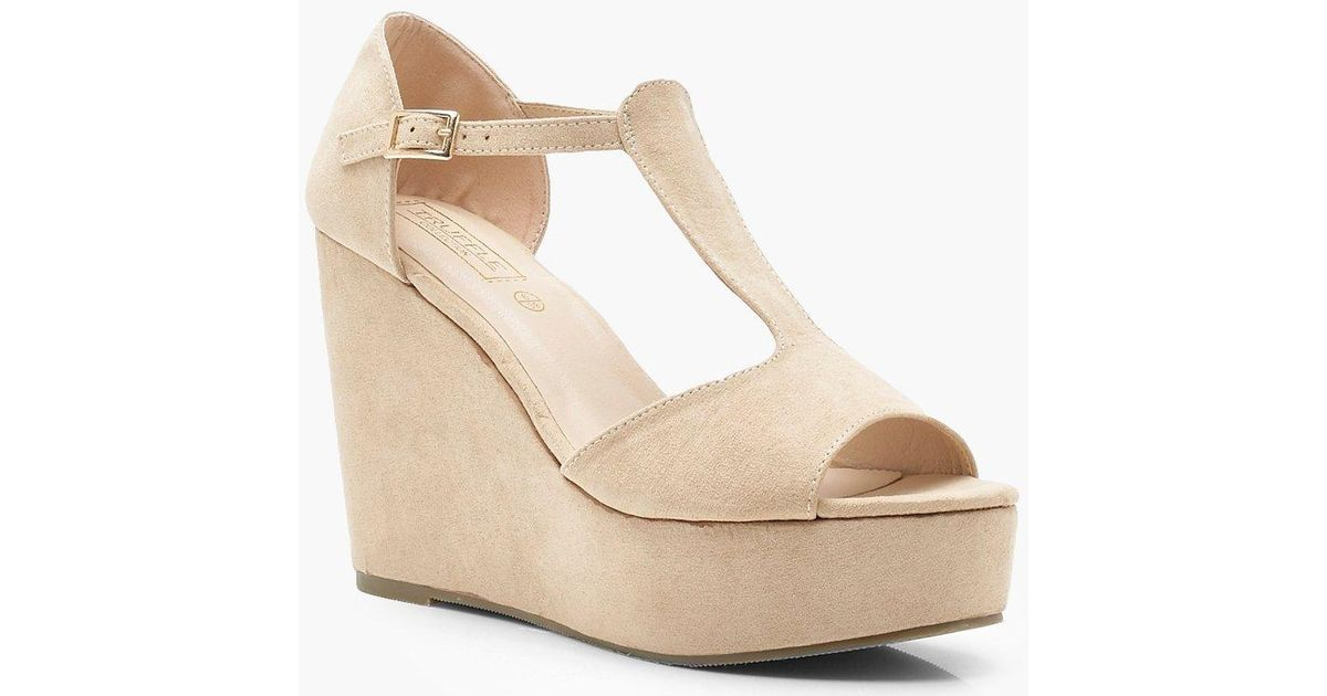 69c83f915d3f Boohoo Cut Out Wedges in Natural - Lyst