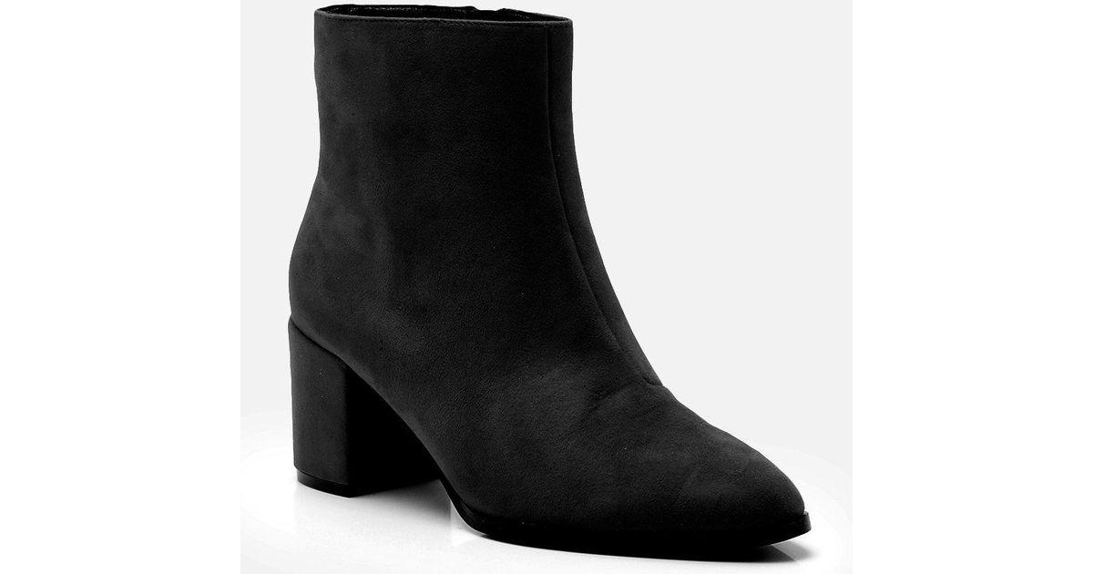 b6052a52e91e Boohoo Wide Fit Block Heel Sock Boots in Black - Lyst