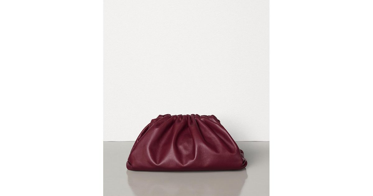 000805cda9 Bottega Veneta The Pouch In Butter Calf Leather - Lyst