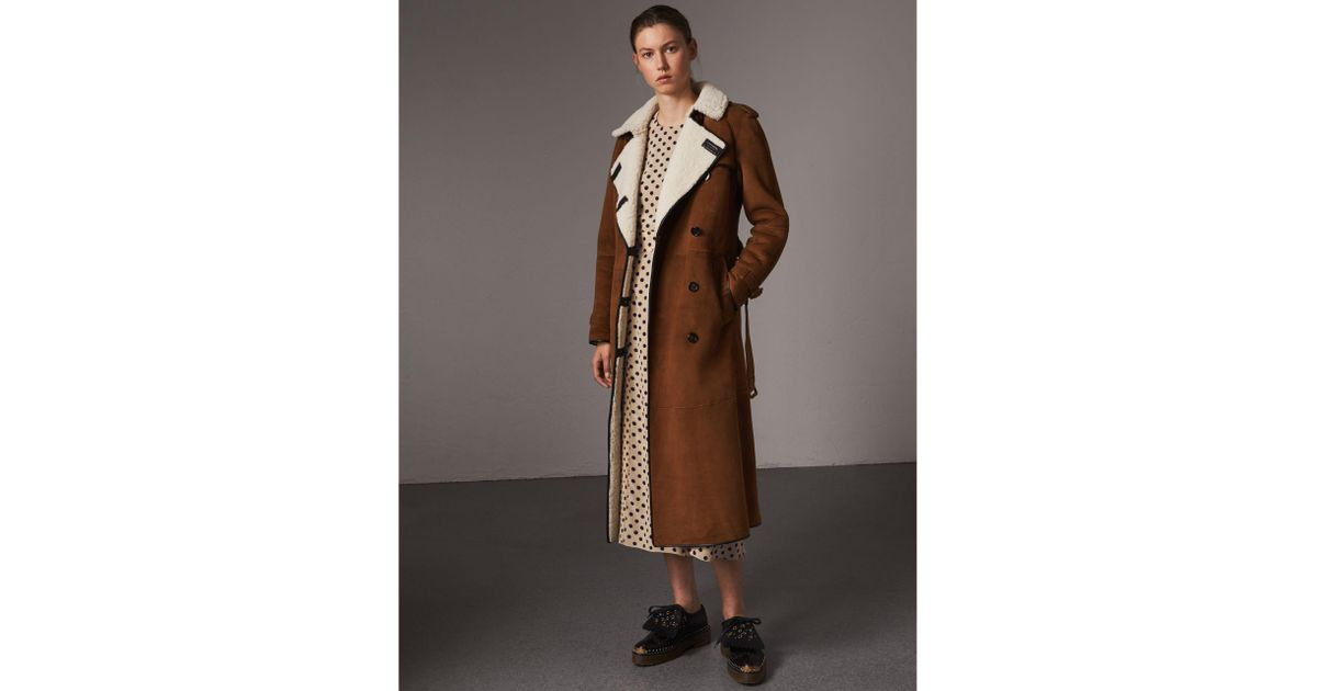 20655ceeead Lyst - Burberry Raglan-sleeve Suede And Shearling Trench Coat in Brown